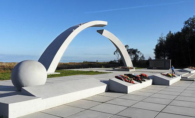 Мемориал Разорванное кольцо: какому событию посвящен, как добраться