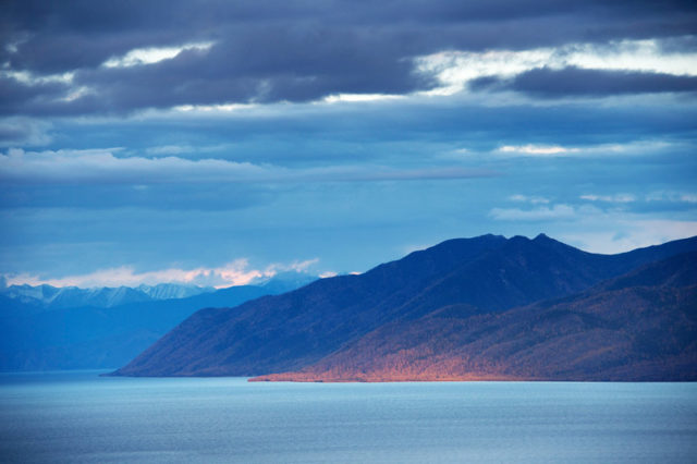Баргузинский залив: фото, отдых, турбазы